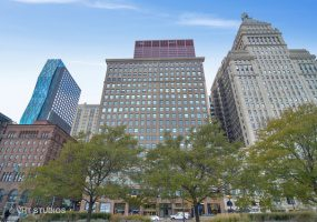 330 Michigan Avenue, Chicago, Illinois 60604, 3 Bedrooms Bedrooms, 10 Rooms Rooms,4 BathroomsBathrooms,Condo,For Sale,Michigan,10454338