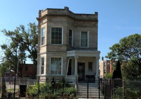 4005 Monroe Street, Chicago, Illinois 60624, 6 Bedrooms Bedrooms, 12 Rooms Rooms,Two To Four Units,For Sale,Monroe,10474514