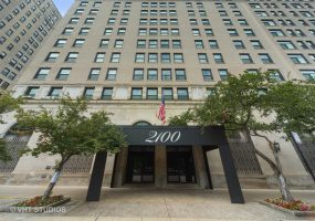 2100 LINCOLN PARK WEST, Chicago, Illinois 60614, 2 Bedrooms Bedrooms, 5 Rooms Rooms,2 BathroomsBathrooms,Condo,For Sale,LINCOLN PARK WEST,10478507