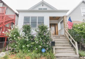 3250 Sacramento Avenue, Chicago, Illinois 60618, 2 Bedrooms Bedrooms, 5 Rooms Rooms,2 BathroomsBathrooms,Single Family Home,For Sale,Sacramento,10511234