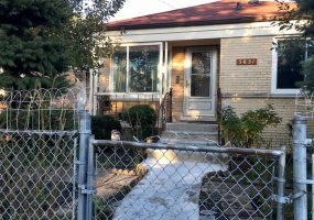 5651 Jersey Avenue, Chicago, Illinois 60659, 4 Bedrooms Bedrooms, 8 Rooms Rooms,2 BathroomsBathrooms,Single Family Home,For Sale,Jersey,10511863