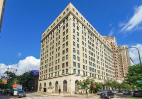 2100 Lincoln Park West, Chicago, Illinois 60614, 2 Bedrooms Bedrooms, 5 Rooms Rooms,2 BathroomsBathrooms,Condo,For Sale,Lincoln Park West,10530390
