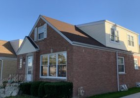 7309 Touhy Avenue, Chicago, Illinois 60631, 5 Bedrooms Bedrooms, 9 Rooms Rooms,1 BathroomBathrooms,Single Family Home,For Sale,Touhy,10554084