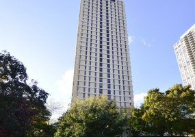 1960 Lincoln Park West, Chicago, Illinois 60614, 2 Bedrooms Bedrooms, 5 Rooms Rooms,2 BathroomsBathrooms,Condo,For Sale,Lincoln Park West,10554818