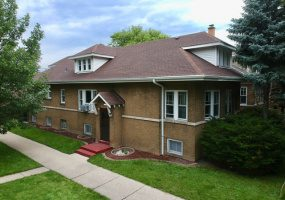 2958 Eastwood Avenue, Chicago, Illinois 60625, 5 Bedrooms Bedrooms, 10 Rooms Rooms,2 BathroomsBathrooms,Single Family Home,For Sale,Eastwood,10566857