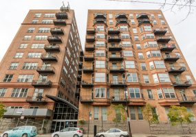 500 Clinton Street, Chicago, Illinois 60607, 1 Bedroom Bedrooms, 3 Rooms Rooms,1 BathroomBathrooms,Condo,For Sale,Clinton,10569062