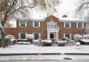 3540 Thorndale Avenue, Chicago, Illinois 60659, 9 Bedrooms Bedrooms, 15 Rooms Rooms,6 BathroomsBathrooms,Single Family Home,For Sale,Thorndale,10573190