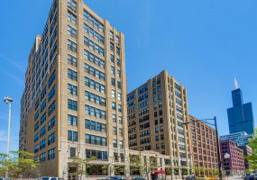 728 JACKSON Boulevard, Chicago, Illinois 60661, 2 Bedrooms Bedrooms, 3 Rooms Rooms,1 BathroomBathrooms,Condo,For Sale,JACKSON,10561613