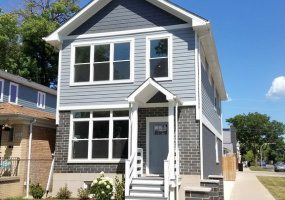 3701 Albany Avenue, Chicago, Illinois 60618, 4 Bedrooms Bedrooms, 10 Rooms Rooms,3 BathroomsBathrooms,Single Family Home,For Sale,Albany,10574541