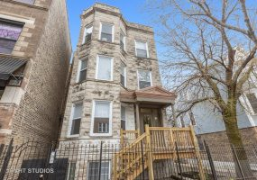 2139 Belmont Avenue, Chicago, Illinois 60618, 10 Bedrooms Bedrooms, 21 Rooms Rooms,3 BathroomsBathrooms,Two To Four Units,For Sale,Belmont,10364169