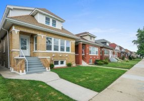 3612 Luna Avenue, Chicago, Illinois 60641, 6 Bedrooms Bedrooms, 11 Rooms Rooms,4 BathroomsBathrooms,Single Family Home,For Sale,Luna,10583476
