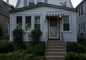 5204 Ludlam Avenue, Chicago, Illinois 60630, 6 Bedrooms Bedrooms, 16 Rooms Rooms,Two To Four Units,For Sale,Ludlam,10583525