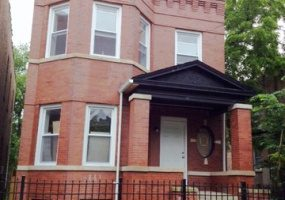 4035 Wilcox Street, Chicago, Illinois 60624, 6 Bedrooms Bedrooms, 12 Rooms Rooms,Two To Four Units,For Sale,Wilcox,10584837