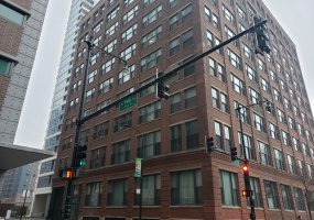 801 Wells Street, Chicago, Illinois 60607, 2 Bedrooms Bedrooms, 5 Rooms Rooms,1 BathroomBathrooms,Condo,For Sale,Wells,10586608