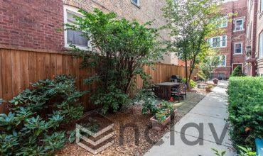 5036 WINTHROP Avenue, Chicago, Illinois 60640, 3 Bedrooms Bedrooms, 6 Rooms Rooms,1 BathroomBathrooms,Condo,For Sale,WINTHROP,10587457